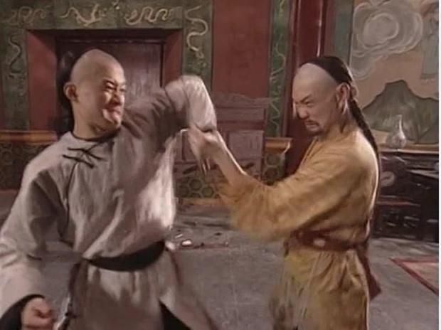 Cuộc sống của cao thủ võ thuật đánh gãy tay Lý Liên Kiệt, đá bay Ngô Kinh ra sao ở tuổi 63? - Ảnh 4.