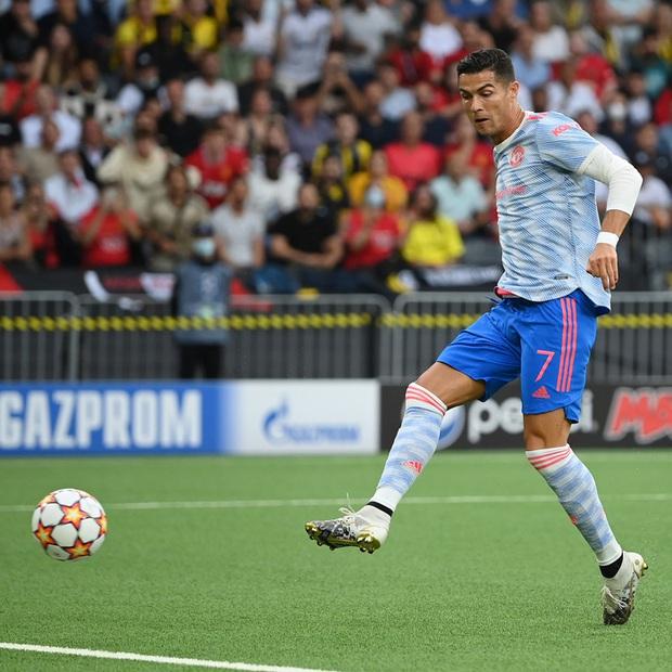 Thảm hoạ đồng đội phá hỏng công lao ghi bàn của Ronaldo - Ảnh 4.