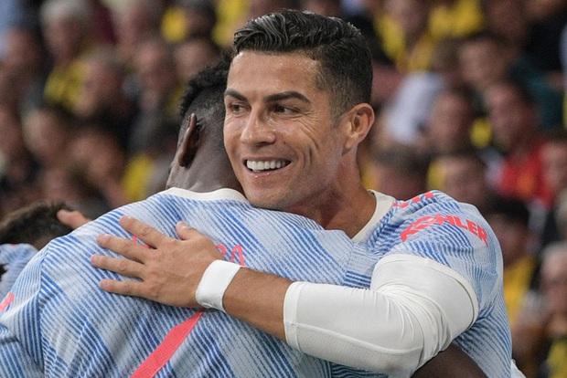 Ảnh cận cảnh: Ronaldo ghi bàn theo phong cách Đệm vương, công lớn nhất thuộc về pha vẩy khế hết nước chấm của đồng hương - Ảnh 7.