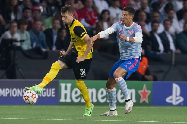 Thảm hoạ đồng đội phá hỏng công lao ghi bàn của Ronaldo - Ảnh 8.