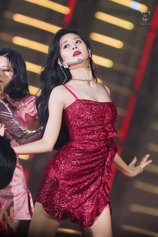 Thế nào là body của Tzuyu (TWICE) - nữ thần Kpop đứng đầu top 100 mỹ nhân đẹp nhất thế giới? - Ảnh 12.