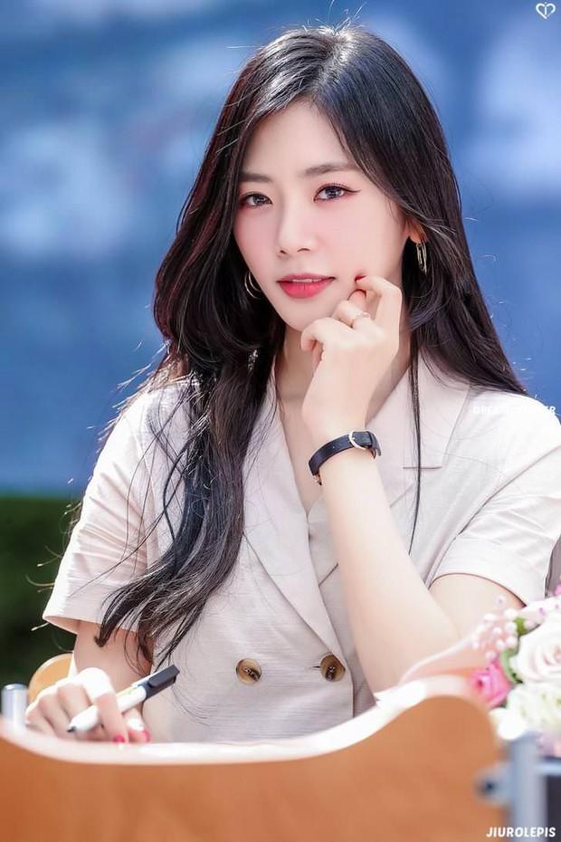 Forbes Hàn Quốc công bố top idol có visual đẹp nhất: Jennie bất ngờ thua đau 1 nữ idol, Jin (BTS) - Cha Eun Woo cạnh tranh cực gắt - Ảnh 4.