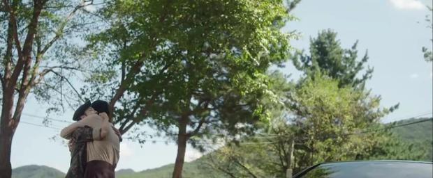 Hospital Playlist 2 TẬP CUỐI kết thúc viên mãn mà dang dở: Ik Jun - Song Hwa yêu nhau tới bến, đôi Bồ Câu vẫn mập mờ? - Ảnh 11.