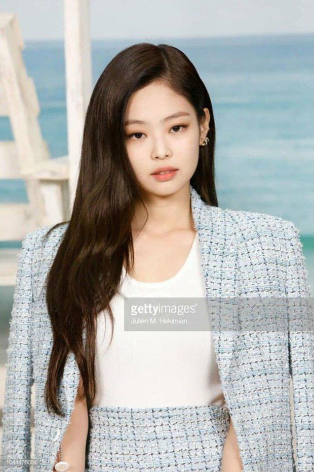 Phóng viên bóc nhan sắc mỹ nhân Kpop ở sự kiện quốc tế: Rosé lộ khuyết điểm, Jessica - Krystal dừ chát, riêng Jennie và Suzy khác hẳn - Ảnh 12.