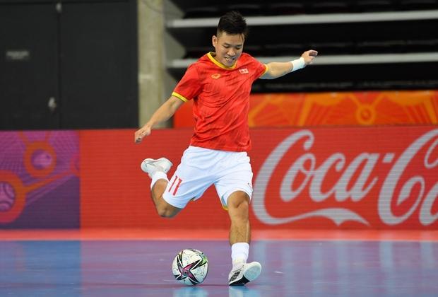 Tuyệt vời!! Đội tuyển futsal Việt Nam nghẹt thở vượt qua Panama tại World Cup, tiến gần tới tấm vé đi tiếp - Ảnh 18.