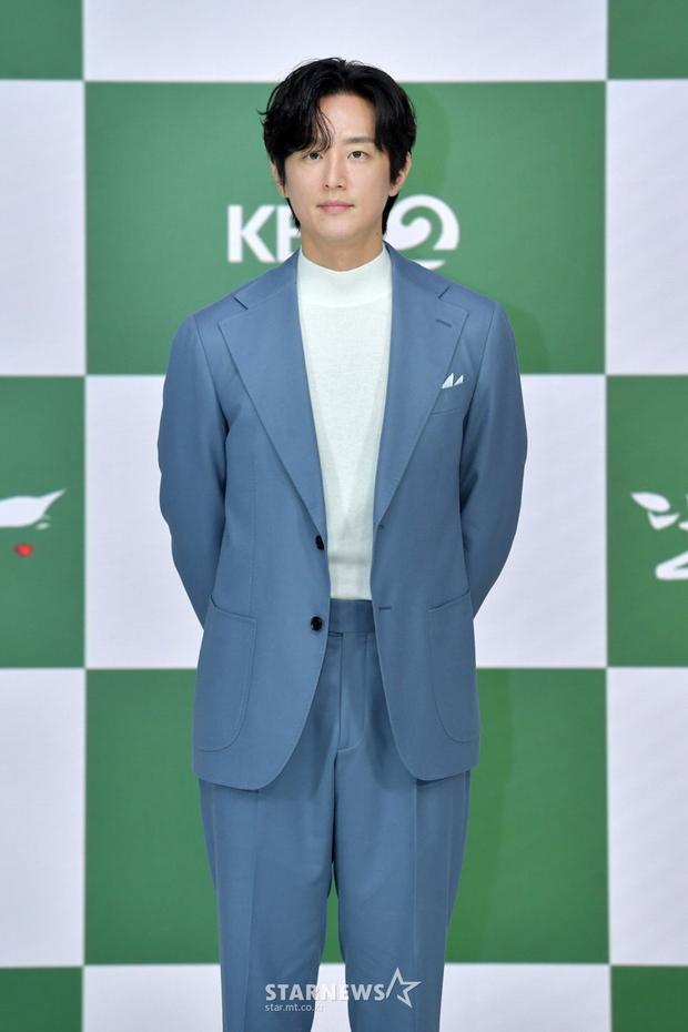 Yeonwoo (MOMOLAND) lộ diện lần đầu sau tin hẹn hò Lee Min Ho, chân dài nuột nà chặt đẹp cả mỹ nhân Điên Thì Có Sao - Ảnh 9.