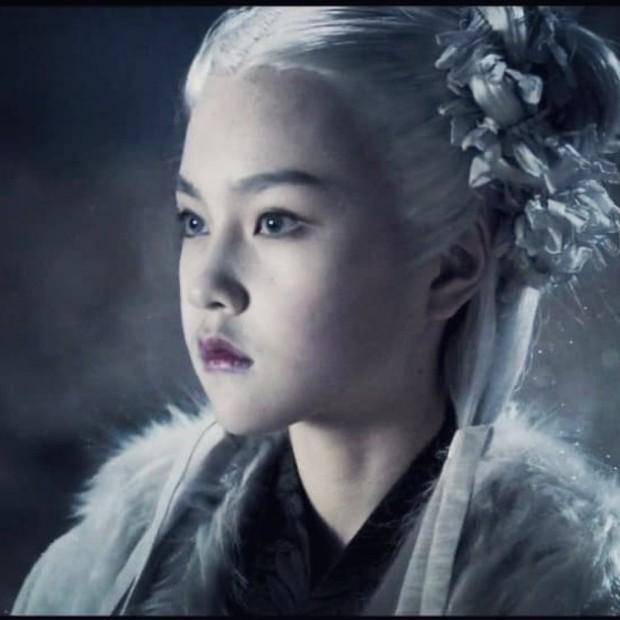 """Sao nhí """"át vía"""" Kim Yoo Jung khiến netizen phát sốt vì visual cực phẩm: 13 tuổi đã đóng 14 phim còn ẵm luôn cả giải thưởng lớn - Ảnh 2."""