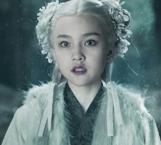"""Sao nhí """"át vía"""" Kim Yoo Jung khiến netizen phát sốt vì visual cực phẩm: 13 tuổi đã đóng 14 phim còn ẵm luôn cả giải thưởng lớn - Ảnh 3."""