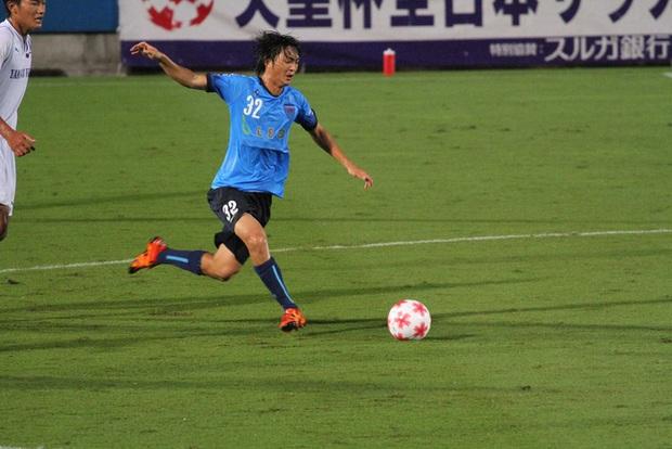 Văn Lâm và vận đen chấn thương đeo bám cầu thủ Việt Nam ra nước ngoài thi đấu - Ảnh 2.