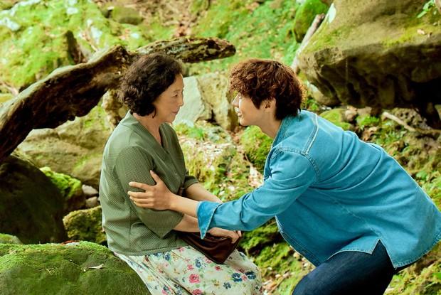 2 phim Hàn có nữ chính đáng tuổi mẹ nam chính bị chỉ trích thậm tệ: Là tình yêu hay câu khách bất chấp? - Ảnh 5.