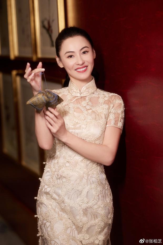 Loạt ảnh táo bạo khi dự sự kiện của Trương Bá Chi bị đào lại, Cnet chỉ trích gái hư chỉ vì 1 chi tiết nhỏ ở rốn - Ảnh 6.