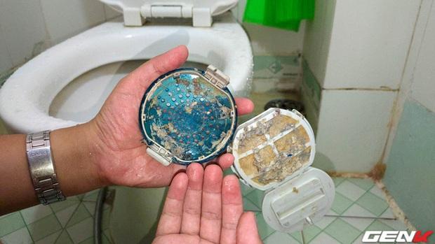 Dùng máy giặt bao nhiêu năm, bạn đã từng thử tháo cục này ra chưa? Nếu chưa thì đừng shock nhé - Ảnh 9.