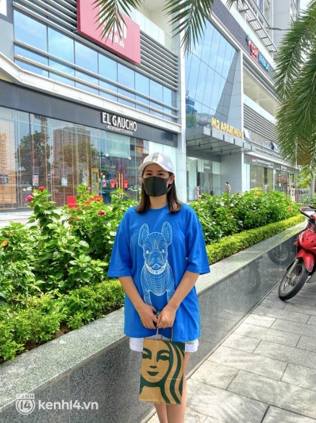 Dân tình nô nức kéo đến 5 store Starbucks Hà Nội mở cửa: Gần 2 tháng mới được check-in với cốc cà phê trên tay, tôi khóc! - Ảnh 20.