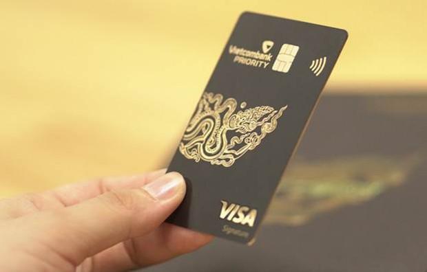 Điều kiện để trở thành VIP của Vietcombank như vợ chồng Thuỷ Tiên - Công Vinh: Có dư trong tài khoản trên 2 tỷ đi rồi tính! - Ảnh 3.