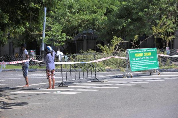 Sơn Trà trở thành quận xanh thứ 2 ở Đà Nẵng, toàn thành phố chỉ còn 38 điểm phong tỏa cứng - Ảnh 1.