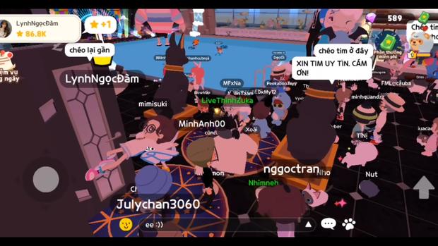 Giống Linh Ngọc Đàm, một hot girl cũng bị người chơi giả mạo trên Play Together - Ảnh 3.