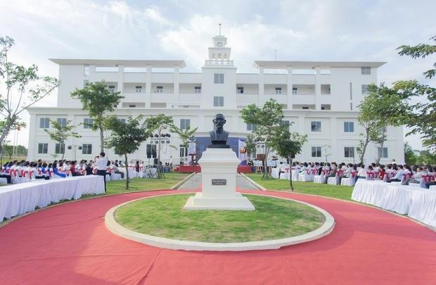 Cận cảnh khu đô thị xịn sò nơi Chủ tịch FPT dự kiến xây dựng trường học cho 1.000 em nhỏ mồ côi do COVID-19 - Ảnh 14.