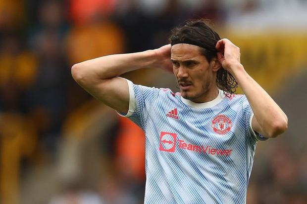 Cavani có lẽ đang bất mãn với Ronaldo - Ảnh 1.
