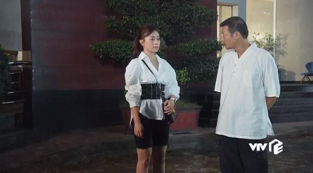 Hội diễn viên Hàn - Việt bị phục trang hại đời: Song Kang lộ hàng vì quần bó sát, cạn lời với Phương Oanh luôn - Ảnh 2.