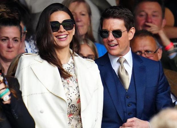 Xôn xao tin Tom Cruise hẹn hò cùng bạn diễn kém 20 tuổi, yêu nhau 9 tháng và giờ đang sống chung - Ảnh 6.