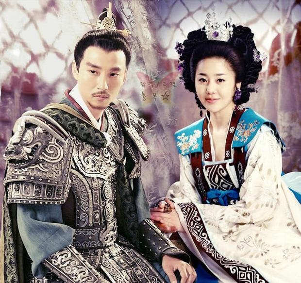 8 phim Hàn dính nghi án đạo ý tưởng: Bom tấn của Kim Soo Hyun hóa ra là bản lậu, số 1 còn bị phạt cả tỷ đồng - Ảnh 2.