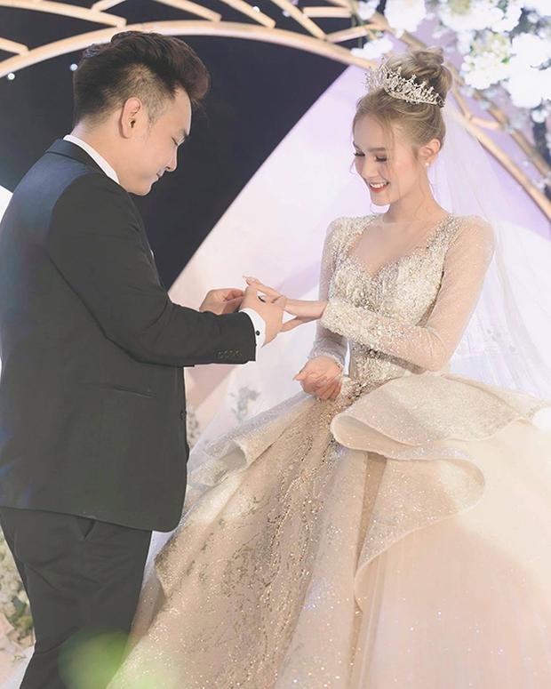 Chưa đầy 1 năm sau đám cưới hoành tráng, Xoài Non năn nỉ chồng thiếu gia cưới lại, không quên đòi quà mừng khủng từ Linh Ngọc Đàm - Ảnh 5.