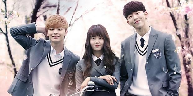 Trận chiến gần 10 năm không dứt trên màn ảnh Hàn: Chọn ai giữa Kim Yoo Jung và Kim So Hyun? - Ảnh 10.