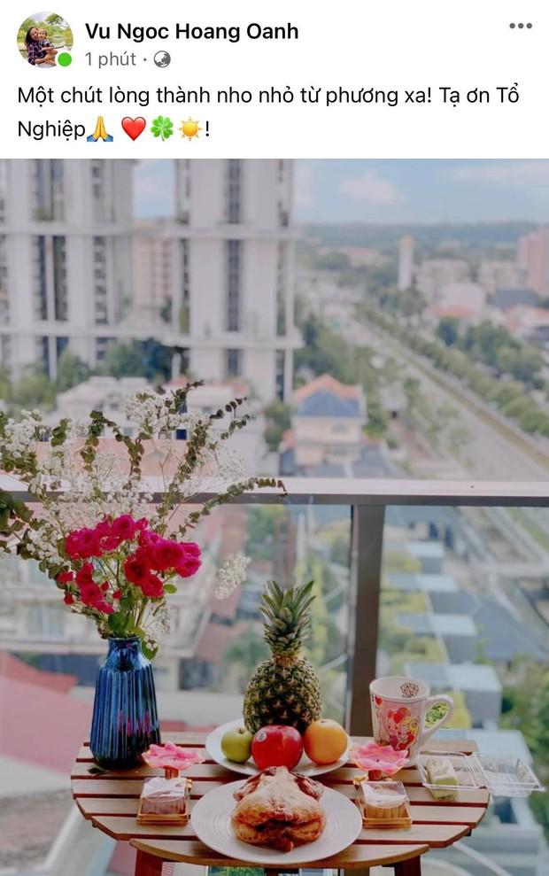 Showbiz Việt ngày Giỗ tổ sân khấu: Lý Hải - Khánh Vân và dàn sao khủng dâng lễ online tại gia, chẳng tụ họp mà cực ấm cúng!  - Ảnh 6.
