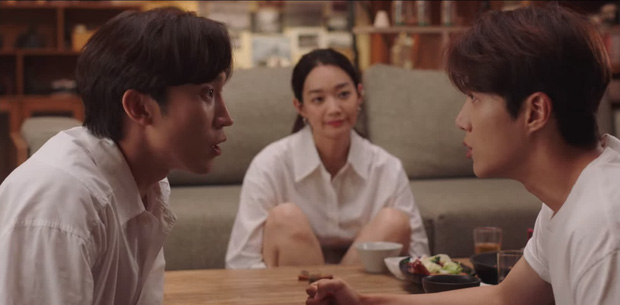 Tình địch hàng xịn của Kim Seon Ho lộ diện, chưa gì đã khiến Shin Min Ah mê tít ở Hometown Cha-Cha-Cha tập 7 - Ảnh 3.