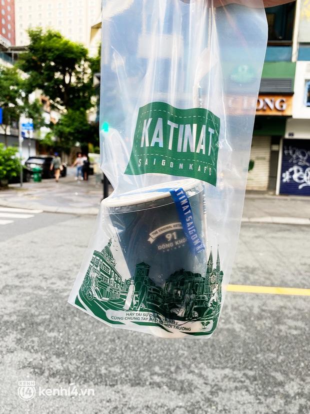 Người Sài Gòn cắt cơn thèm cafe nhờ 2 ông lớn Highlands và Katinat mở bán trên app: Cầm ly nước xúc động tưởng xuân đang về! - Ảnh 9.