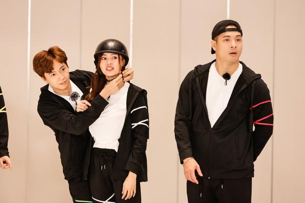 Teaser nóng Running Man tập 1: Trường Giang thành con mồi bị truy sát, Karik vắng mặt hoàn toàn? - Ảnh 3.