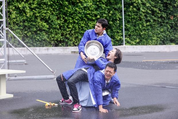 Teaser nóng Running Man tập 1: Trường Giang thành con mồi bị truy sát, Karik vắng mặt hoàn toàn? - Ảnh 13.