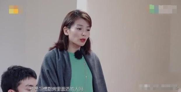 Tỏ thái độ chảnh choẹ không chịu vào bếp, Lâm Tâm Như bị A Châu Lưu Đào phản pháo cực gắt đến mức không nói được gì - Ảnh 4.