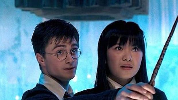 Mỹ nhân tình đầu của Harry Potter dậy thì ngầu bá cháy sau nhiều năm, bằng tuổi Triệu Lệ Dĩnh nhưng sự nghiệp có bùng nổ tương tự? - Ảnh 1.