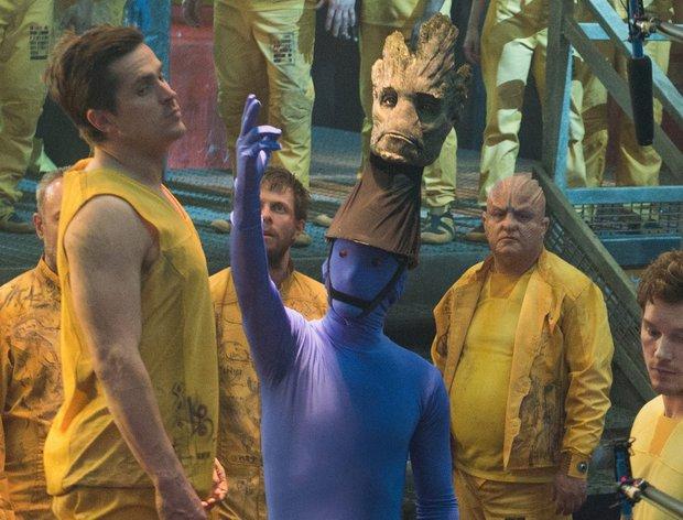Thì ra chàng Groot trong Marvel có thật ở hậu trường nhưng trông quá sợ, dàn diễn viên nhìn mà không sang chấn thì quá nể! - Ảnh 3.