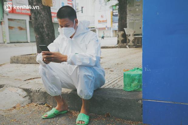 Ông chủ trẻ đóng cửa homestay, rời vùng xanh lên Sài Gòn vác bình oxy xuyên đêm để cấp cứu F0 - Ảnh 5.