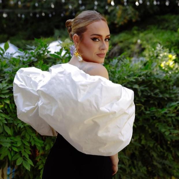 Gần 2 triệu người đang ná thở vì dung mạo đỉnh cao của Adele! - Ảnh 3.