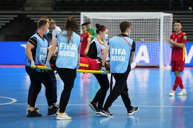 Quả cảm cầm hòa đội bóng hàng đầu thế giới, tuyển futsal Việt Nam hiên ngang vào vòng 1/8 World Cup 2021 - Ảnh 8.