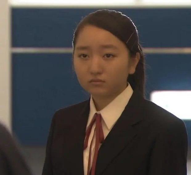 Sao nhí đẹp nhất Nhật Bản dậy thì thất bại sau nhiều năm: Tài năng diễn xuất thiên bẩm nhưng ngoại hình thế nào mà bị miệt thị? - Ảnh 8.
