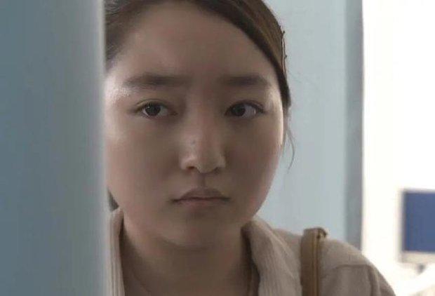 Sao nhí đẹp nhất Nhật Bản dậy thì thất bại sau nhiều năm: Tài năng diễn xuất thiên bẩm nhưng ngoại hình thế nào mà bị miệt thị? - Ảnh 9.