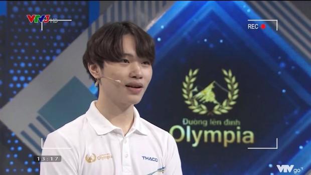 Phát sốt với nam sinh trường Phan lọt chung kết năm Olympia: Vẻ thư sinh được dân mạng khen hết sức, lại còn là vựa muối khiến MC cười nắc nẻ - Ảnh 5.