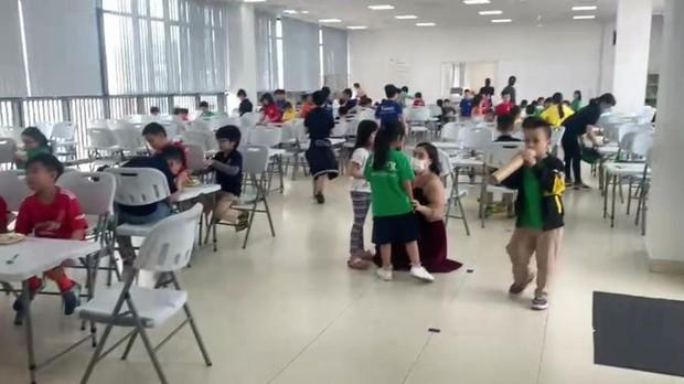 Học sinh bị đuổi học vì phụ huynh phản ánh trường Quốc tế kém chất lượng - Ảnh 4.
