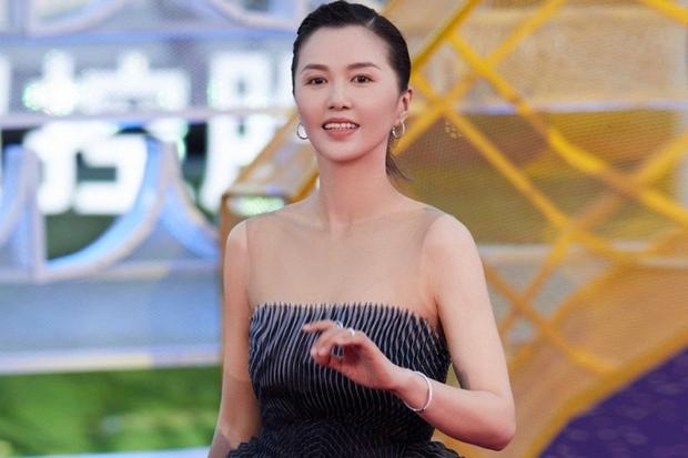 Nữ ca sĩ biến tấu rock vào nhạc phim Tây Du Ký kinh điển như phá bài, bị tác giả chỉ trích phải lên tiếng xin lỗi ngay lập tức - Ảnh 7.