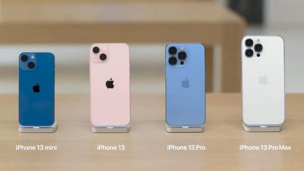 """Bị chê nhàm chán, iPhone 13 vẫn bán """"đắt như tôm tươi"""": Màu xanh và hồng """"cháy hàng"""" chỉ sau vài phút! - Ảnh 2."""