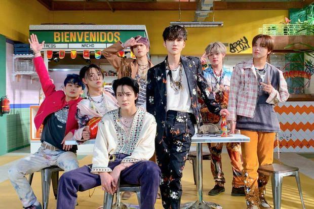 15 boygroup Gen 3 bán album chạy nhất: BTS bỏ xa đối thủ với chục triệu bản, 4 nhóm nam nhà SM là cá kiếm thứ thiệt - Ảnh 7.