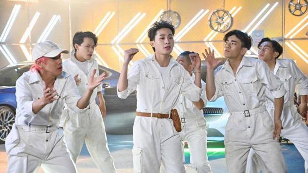 Netizen phẫn nộ vì Jack debut tại Running Man trên nền nhạc Là 1 Thằng Con Trai, được mô tả ca sĩ đa tài, sáng tác thần sầu mặc scandal - Ảnh 6.