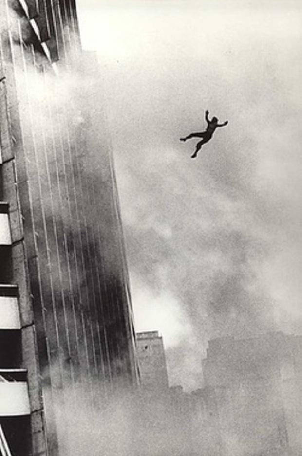 Chuyện giờ mới kể về vụ hỏa hoạn cao ốc khủng khiếp nhất thế giới, bắt nguồn từ tòa nhà 25 tầng dính lời nguyền chết chóc kinh dị - Ảnh 4.