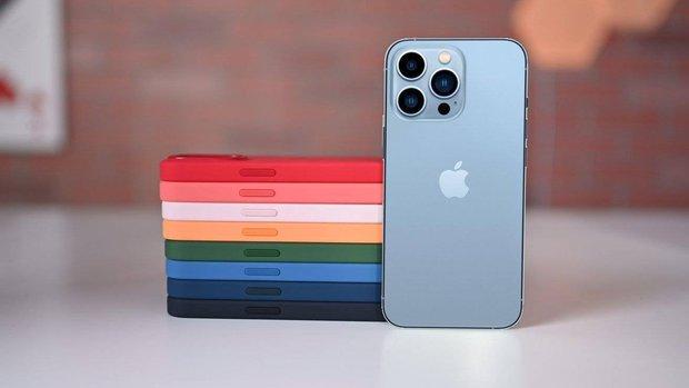 """Bị chê nhàm chán, iPhone 13 vẫn bán """"đắt như tôm tươi"""": Màu xanh và hồng """"cháy hàng"""" chỉ sau vài phút! - Ảnh 4."""