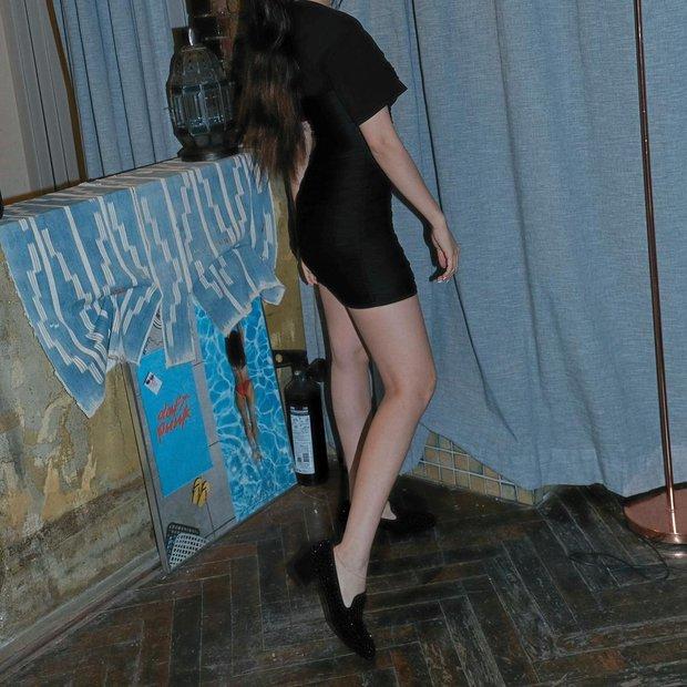 Tìm ra đôi chân đạt đến level hoàn hảo hiếm có tại Kpop, vượt mặt cả thánh body Lisa hay mỹ nhân đẹp nhất thế giới Nana? - Ảnh 5.