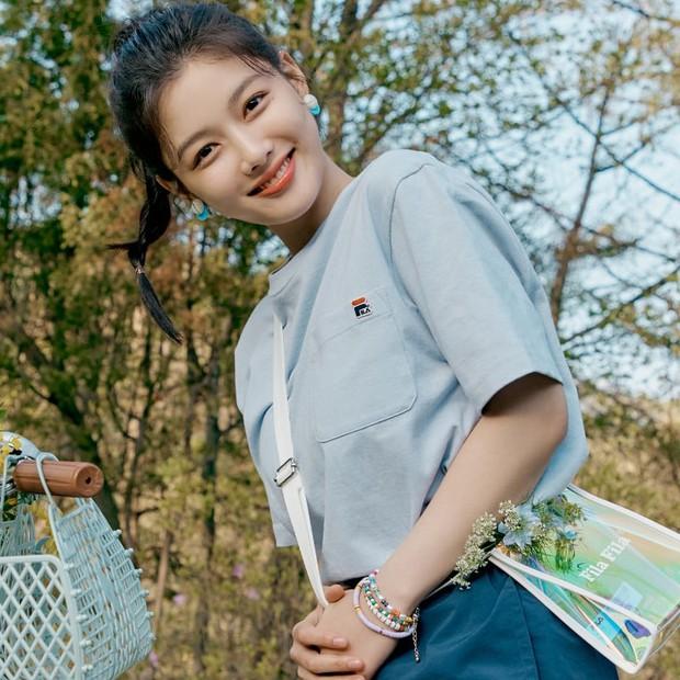 Nữ thần cổ trang Kim Yoo Jung: Dư sắc thừa tài nhưng toàn nhận phim flop, từng khốn khổ vì scandal ứng xử - Ảnh 14.